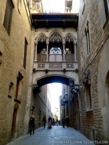 old town gothic quarter tour